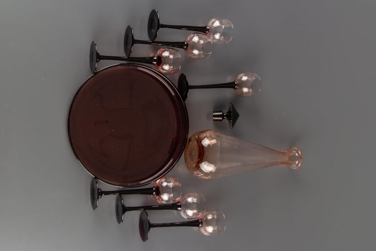 Art Deco Nine-Piece Liqueur Pink Glass Set, Decanter and Seven Glasses with Tray For Sale 9