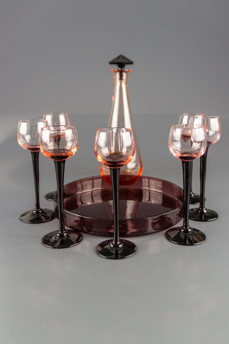 Mid-20th Century Art Deco Nine-Piece Liqueur Pink Glass Set, Decanter and Seven Glasses with Tray For Sale