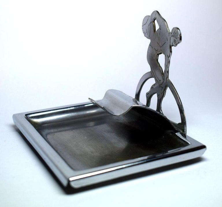 Art Deco Novelty Chrome Ashtray In Good Condition For Sale In Devon, England