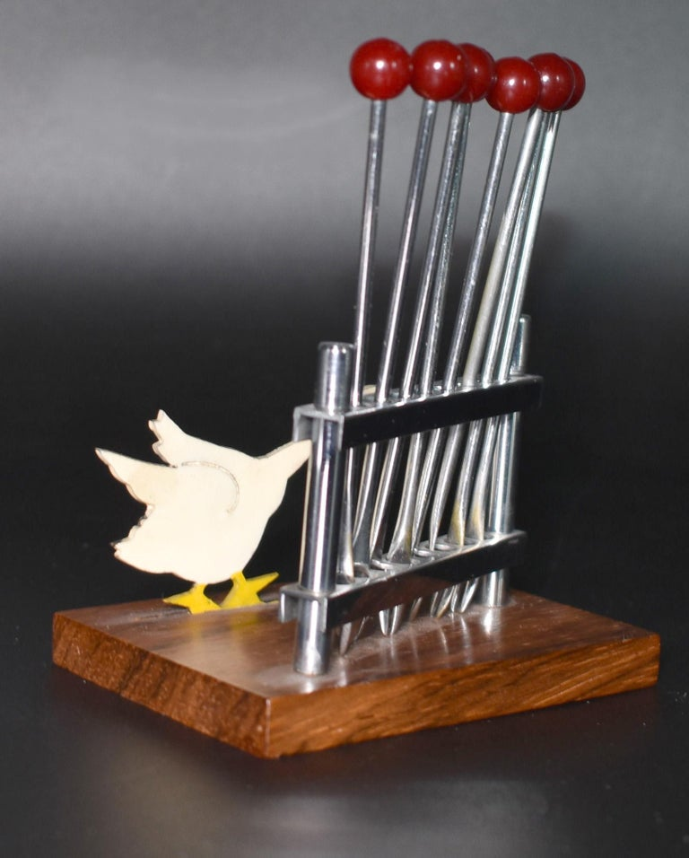 French Art Deco Novelty Cocktail Stick Set in Bakelite and Chrome, circa 1930 For Sale