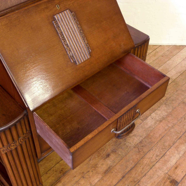 Art Deco Oak Bureau In Good Condition For Sale In Manchester, GB