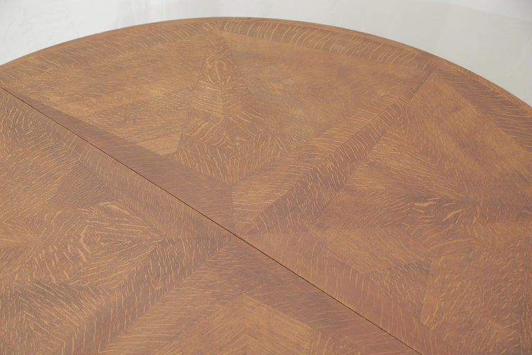 Mid-Century Modern Art Deco Oakwood Round Dining Table 'Extensions Possible' For Sale