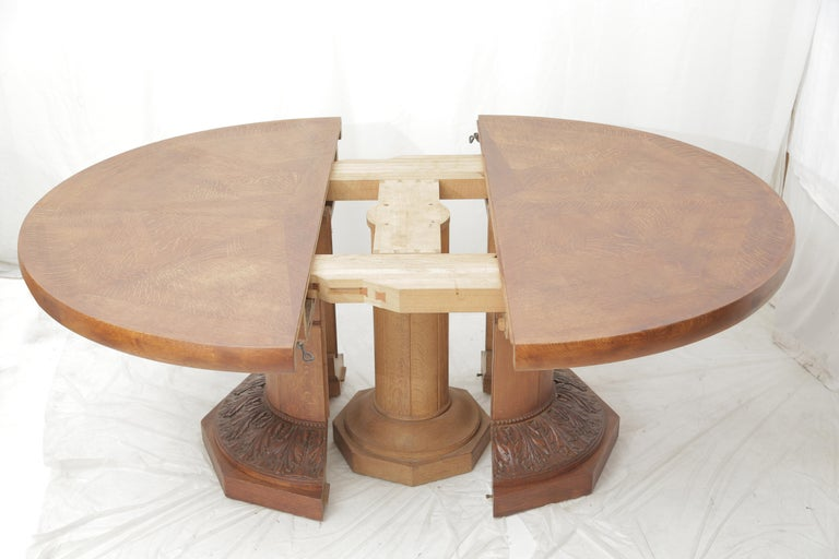 Art Deco Oakwood Round Dining Table 'Extensions Possible' For Sale 1