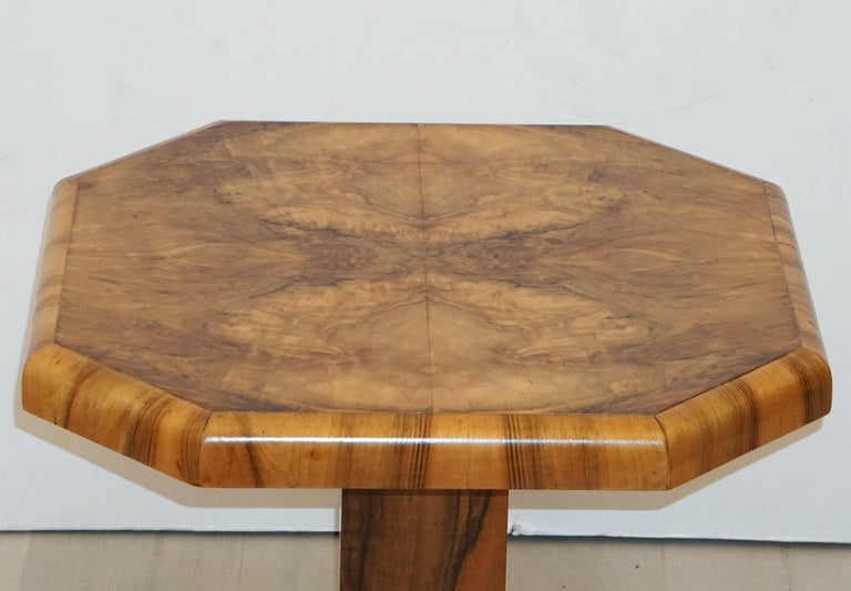 Art Deco Octagonal Table with Burr Walnut Veneer from England In Good Condition For Sale In Austin, TX