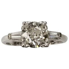 Art Deco Old European Cut Diamond 1.47 Carat Set in 14k Classic Baguette Cut