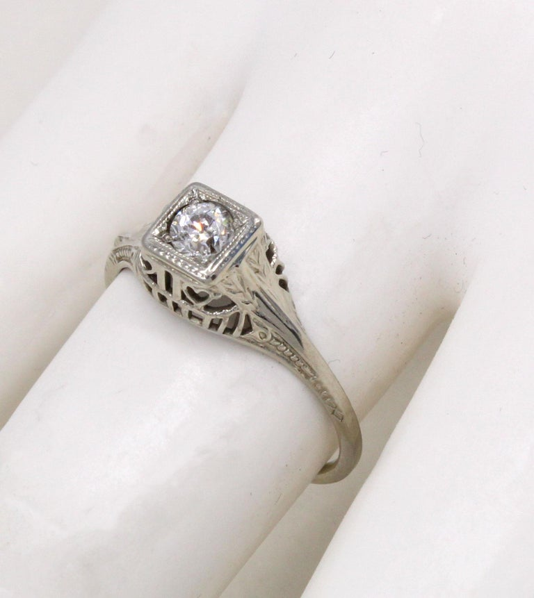 Art Deco Old European Cut Diamond Engagement Ring In Excellent Condition For Sale In New York, NY