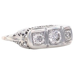 Art Deco Old European Cut Diamonds 14 Karat Gold Three-Stone Ring