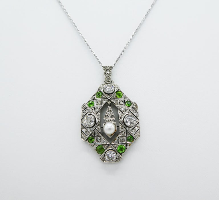 Old European Cut Art Deco Old European and Mine Cut Diamond Peridot Peal Pendant Necklace For Sale