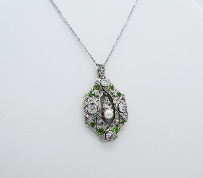 Art Deco Old European and Mine Cut Diamond Peridot Peal Pendant Necklace In Good Condition For Sale In  Baltimore, MD