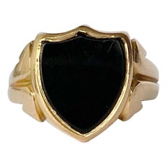Art Deco Onyx and 15 Carat Gold Signet Ring