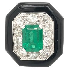 Art Deco Onyx Colombian Emerald Diamond Gold Ring