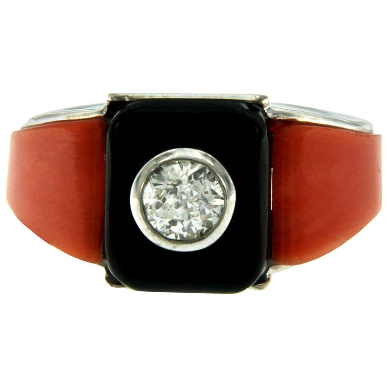 Art Deco Onyx Coral 0.85 Carat Diamond Gold Ring For Sale