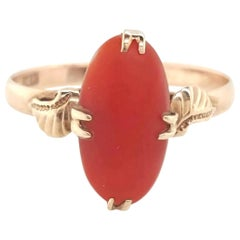 Art Deco Oval Cut Precious Coral 14 Karat Yellow Gold Ring