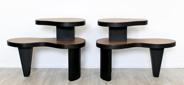 Art Deco Pair 2 Tier Kidney Amoeba Shaped Side End Tables 1940s Rhode Deskey Era In Good Condition For Sale In Keego Harbor, MI