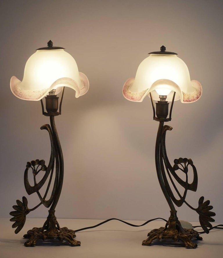 Art Deco Pair of Bronze Table Lamps with Art Glass Shades For Sale 3