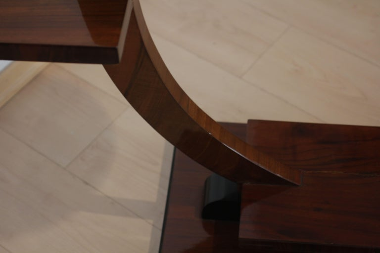Pair of Art Deco Side Tables / Flower Stands, Walnut Veneer, France, circa 1925 For Sale 4