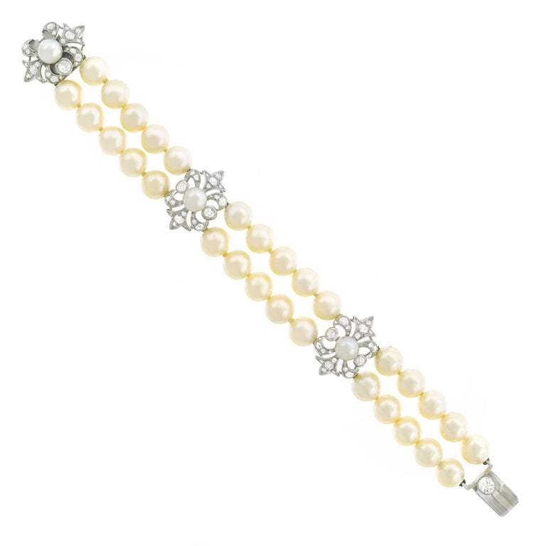 Art Deco Pearl and Diamond Set Fleur-de-Lis Gold Bracelet
