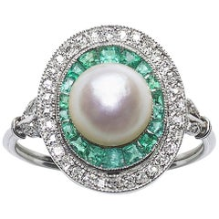 Art Deco Pearl Emerald and Diamond Ring
