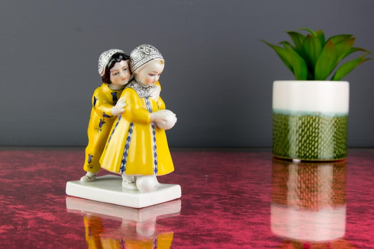 Art Deco Period Goebel Porcelain Figure Group of Two Children with Ball, 1920s For Sale 3