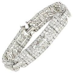 Art Deco Platinum 15 Carat Diamond Bracelet, circa 1920s