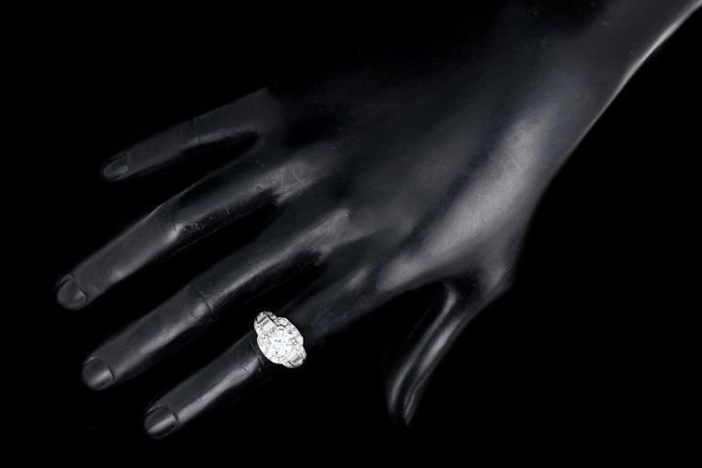 Art Deco Platinum 1.75 Carat Old European Cut Diamond Engagement Ring For Sale 4