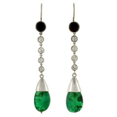 Art Deco Platinum 4.00 Carat Total Carat Emerald and Diamond Onyx Drop Earrings