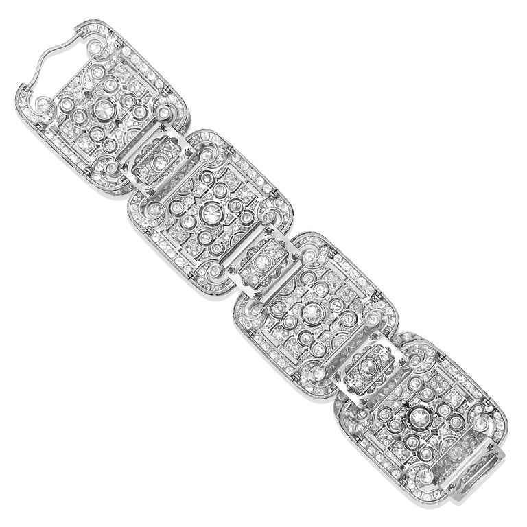 Art Deco Style Platinum 41.2 Carat Diamond Bracelet In Excellent Condition For Sale In New York, NY