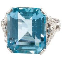 Art Deco Platinum and 10.60 Carat Natural Aquamarine and Diamond Dress Ring