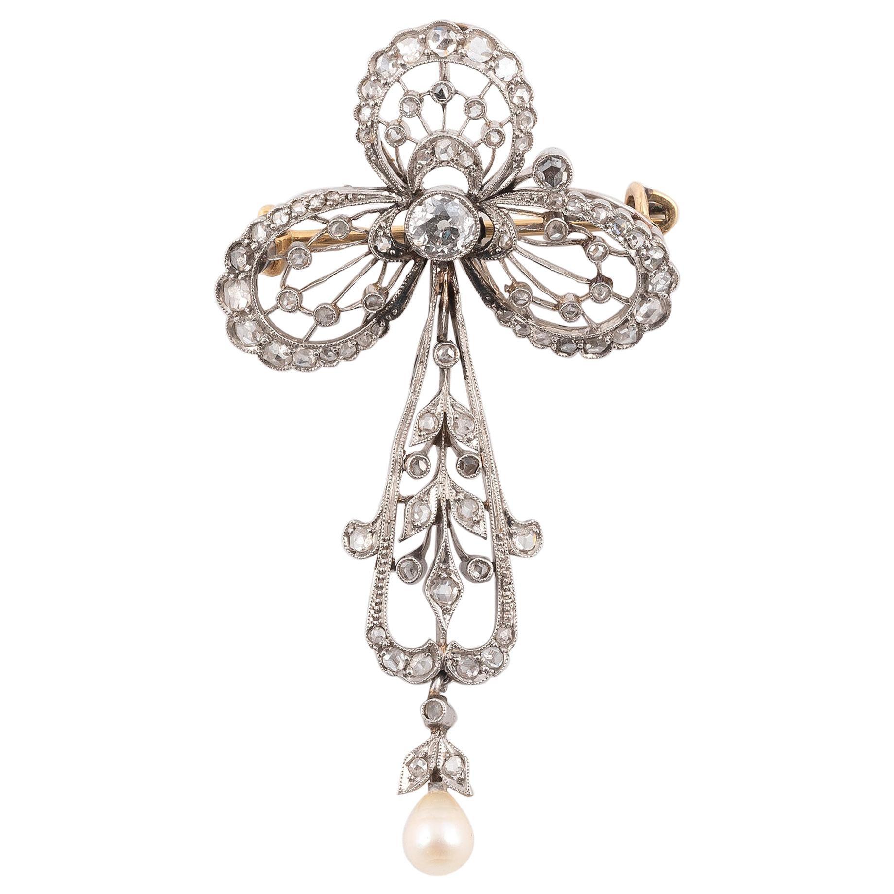Art Deco' Platinum and Diamond Brooch or Pendant