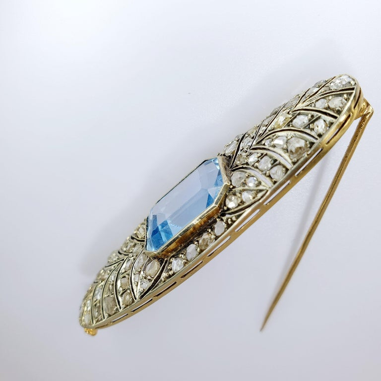 Art Deco Platinum and Rose Gold 18 Karat Brooche In Good Condition For Sale In Bilbao, ES