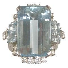 Art Deco Platinum Aquamarine and Diamond Ring