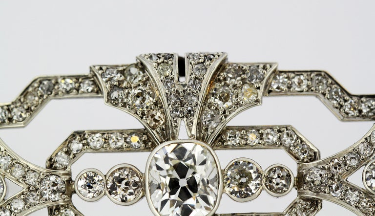 Art Deco Platinum Brooch with Diamonds, 1920s For Sale 1