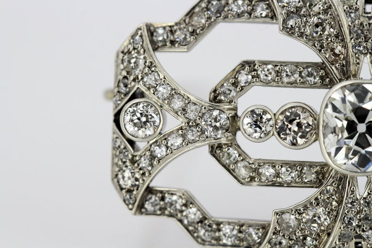 Art Deco Platinum Brooch with Diamonds, 1920s For Sale 3