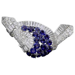 Art Deco Platinum Brooch with Diamonds and Sapphires from circa 1935