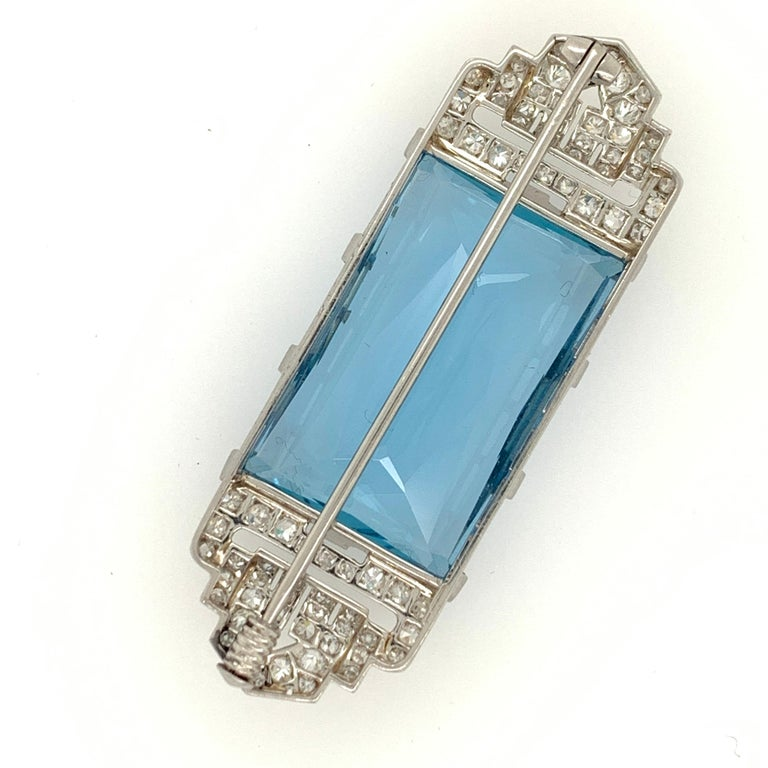 Art Deco Platinum Brooch Original J.H. Werner Natural GIA Aquamarine and Diamond In Good Condition For Sale In Los Angeles, CA