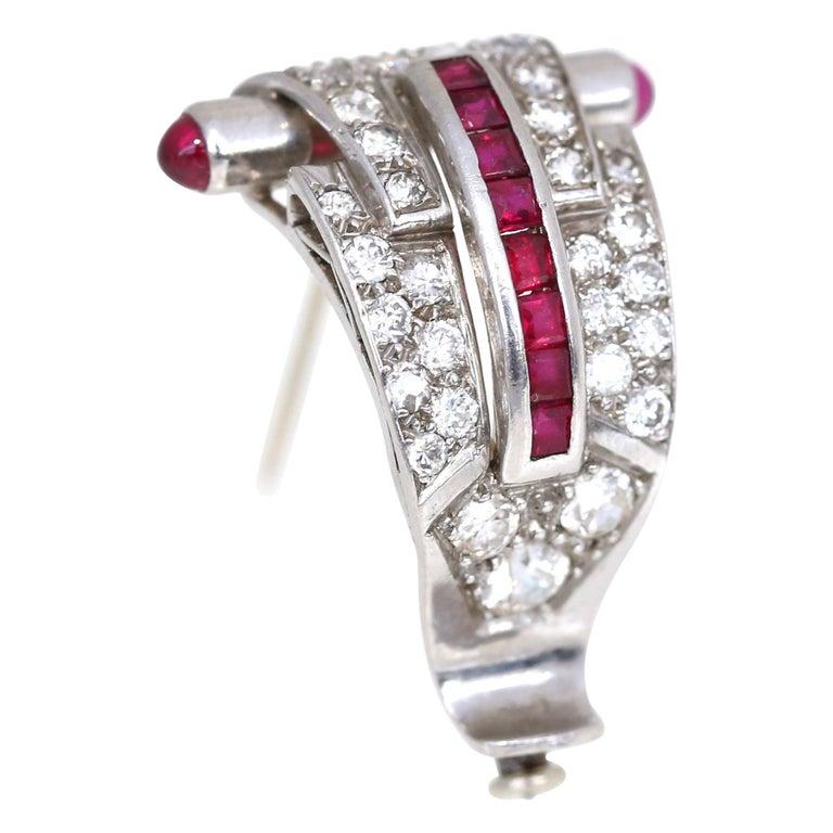 Art Deco Platinum Diamond 1.35 Carat Rubi Brooch Pin For Sale
