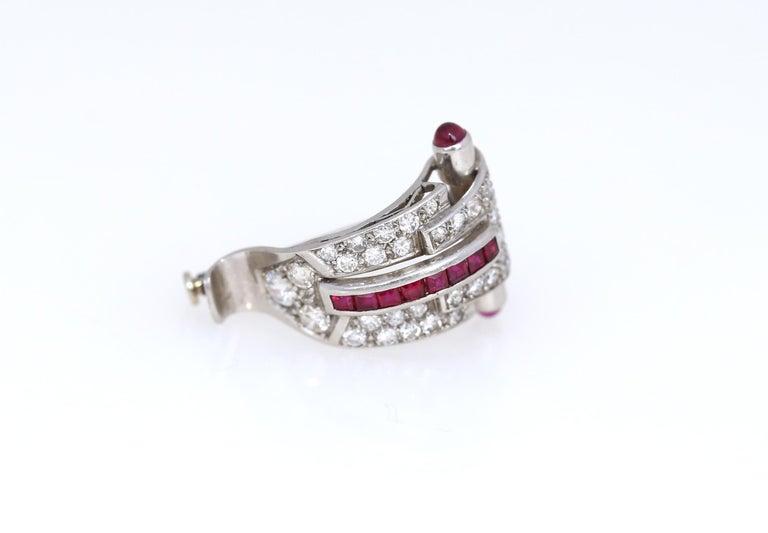 Art Deco Platinum Diamond 1.35 Carat Rubi Brooch Pin For Sale 3