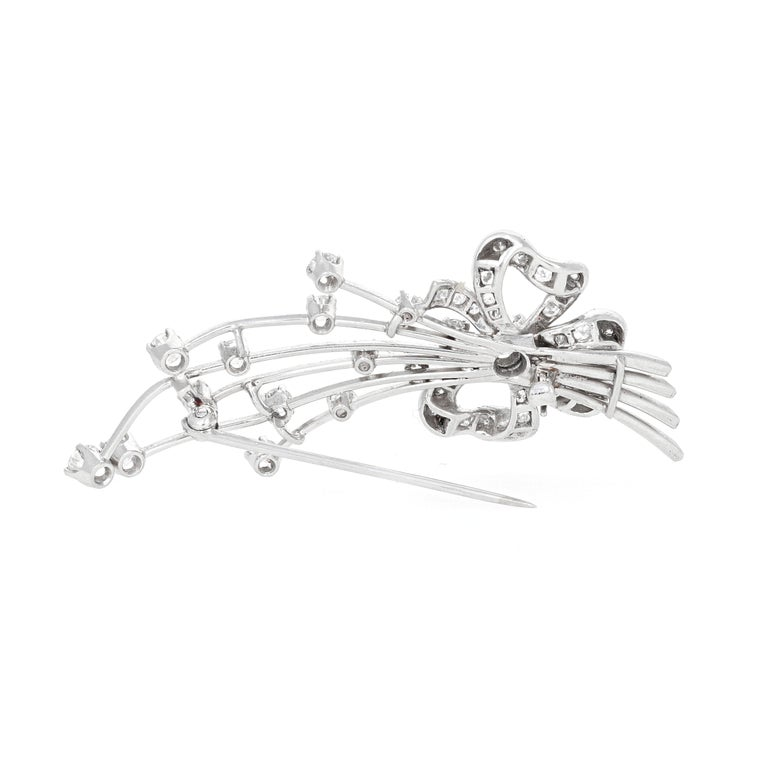 Art Deco Platinum Diamond Brooch In Excellent Condition For Sale In Beverly Hills, CA