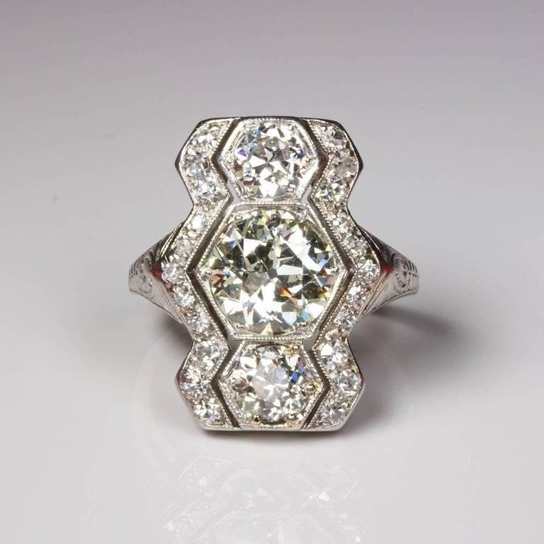 Women's Art Deco 3.01 Carat Diamond Platinum Hexagon Ring For Sale