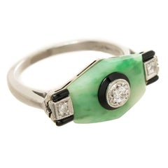 Art Deco Platinum Jade Diamond and Onyx Ring