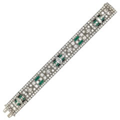 Art Deco Platinum Magnificent Emerald and Diamond 1917-1925 Bracelet