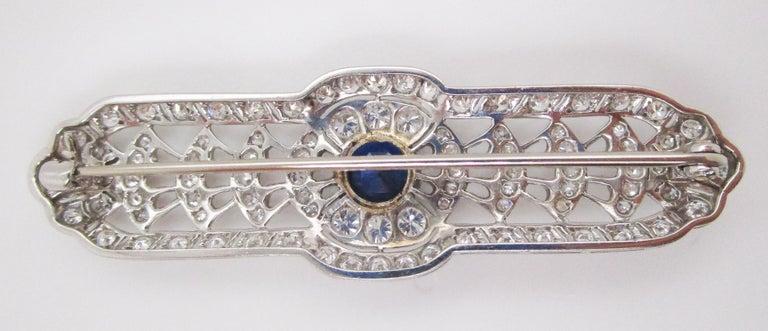 Art Deco Platinum No Heat Blue Sapphire and Diamond Architectural Bar Pin For Sale 3