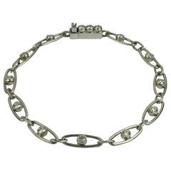 Art Deco Platinum White Diamond Oval Link Bracelet