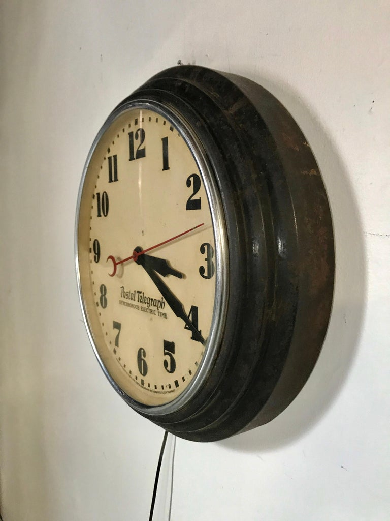 Art Deco Postal Telegraph Wall Clock, Synchronous Hammond Clock Co. In Good Condition For Sale In Buffalo, NY