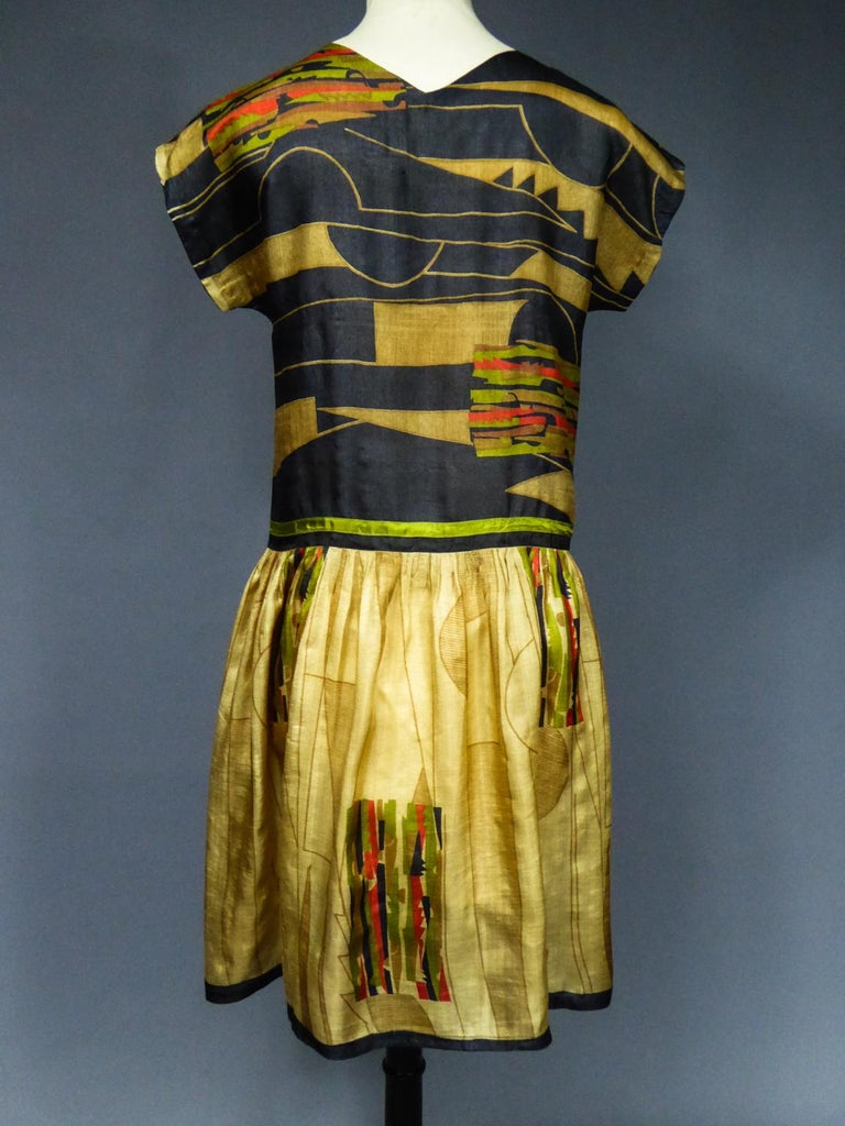 Art Deco Printed Dress Sonia Delaunay or Russian Ballet inspiration Circa 1920 For Sale 6