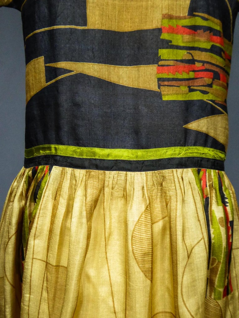 Art Deco Printed Dress Sonia Delaunay or Russian Ballet inspiration Circa 1920 For Sale 9