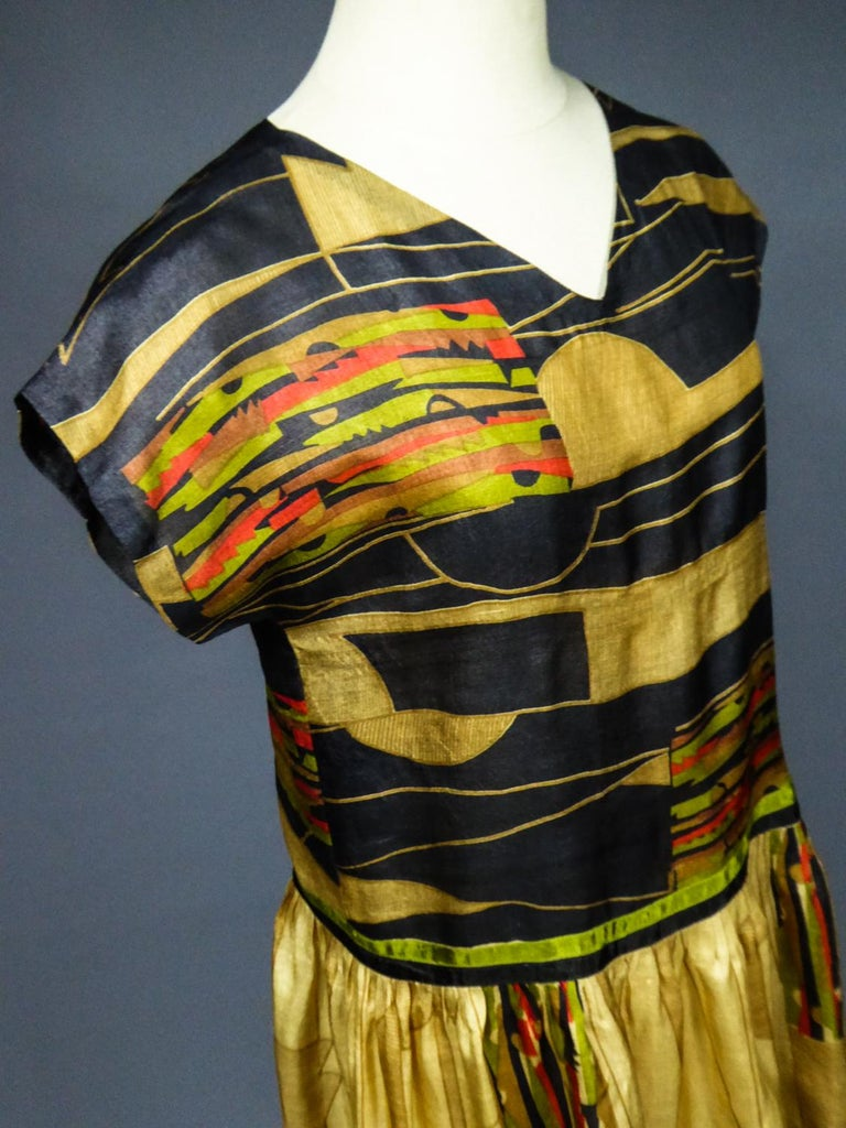 Art Deco Printed Dress Sonia Delaunay or Russian Ballet inspiration Circa 1920 For Sale 10