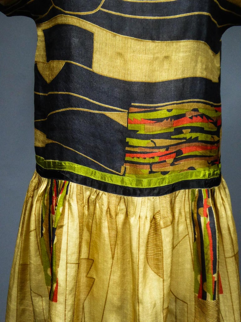 Women's Art Deco Printed Dress Sonia Delaunay or Russian Ballet inspiration Circa 1920 For Sale