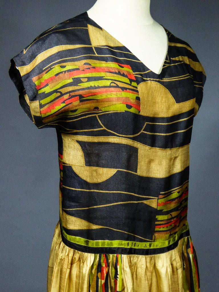 Art Deco Printed Dress Sonia Delaunay or Russian Ballet inspiration Circa 1920 For Sale 3