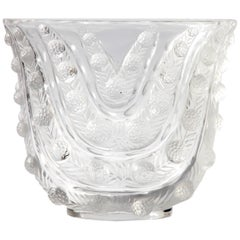 Art Deco R. Lalique Vichy Vase, Graduating Wavy Leaf Design Clear and Frosted